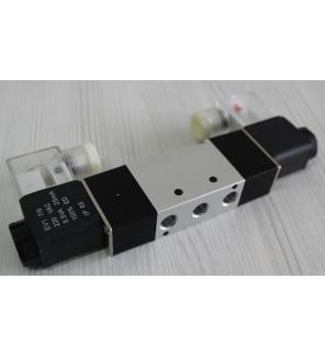 Пневмораспределитель с электроуправлением 5/2 4V220-08